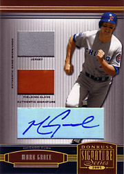2005 Donruss Signature Series #30 Jersey/Glove/Autograph Gold #17/25